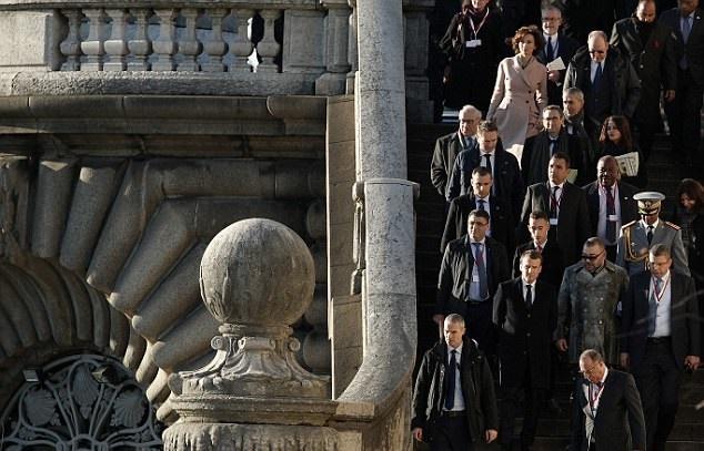 تصاویر | مهمانان ویژه نشست «سیاره یگانه» در پاریس | از بیل گیتس تا شان پن