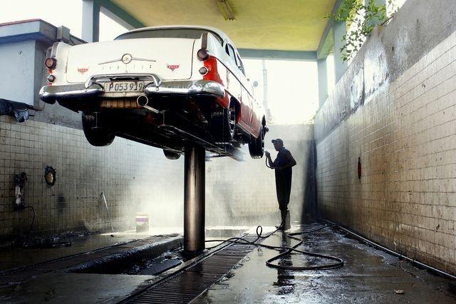 عکس | خودروی کلاسیک کوباییها در عکس روز نشنال جئوگرافیک