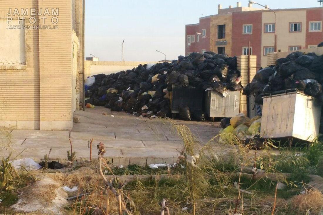 تصاویر   زبالههای بیمارستانی بیحصار در کمین مردم زابل