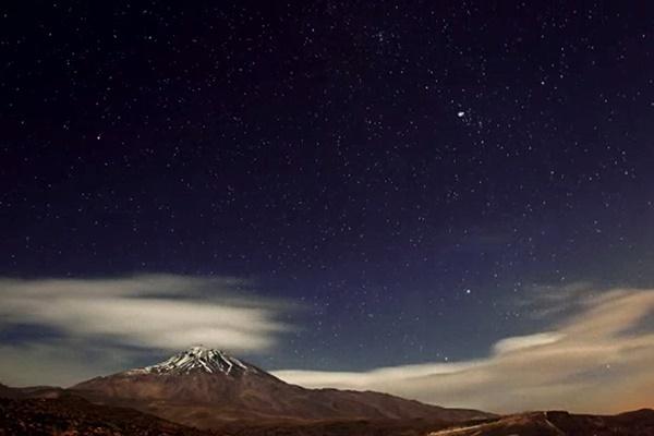 فیلم | تایملپس نشنال جئوگرافیک از حرکت ابرها بر فراز قله دماوند