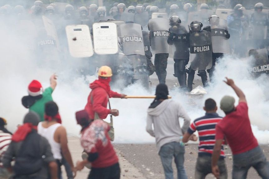 فیلم   خشونت در اعتراض به نتایج انتخابات در هندوراس