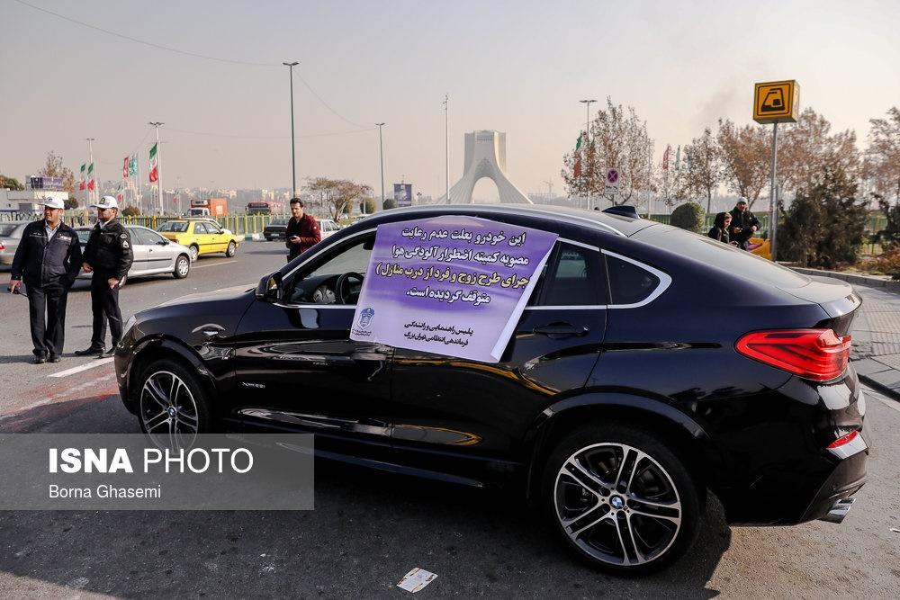 تصاویر   برخورد با خودروهای آلاینده و پلاکهای غیرمجاز در تهران