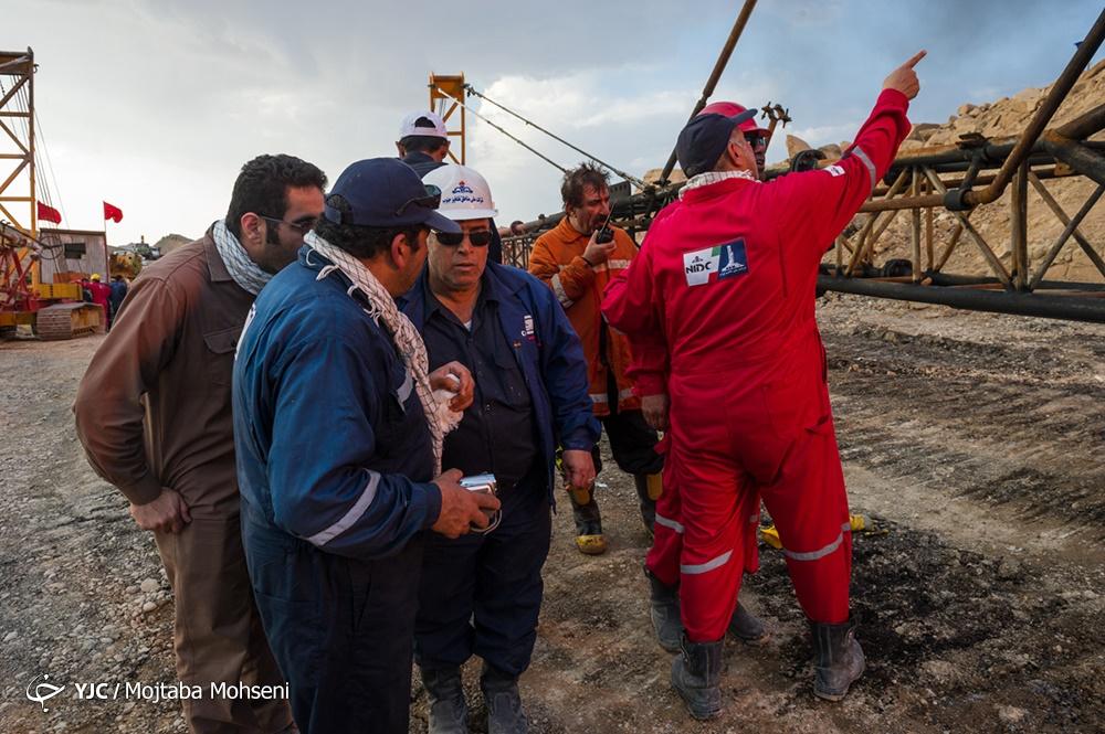 تصاویر | پنجاهمین روز اطفای حریق در چاه ۱۴۷ رگسفید