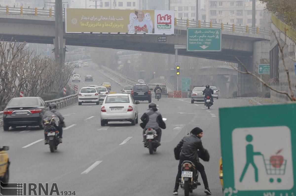 کربنسیاه، بلایی که هر شب سر تهران میآید/ کاهش ۵۰درصدی آلودگیهوای شبانه پایتخت فقط با یک دستور!