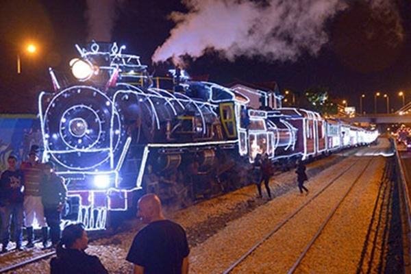 فیلم | قطار کریسمس در کلمبیا