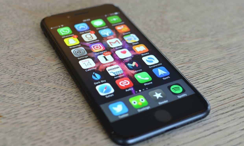 ثبت ۲ شکایت رسمی از اپل بهدلیل کُندکردن عمدی آیفون