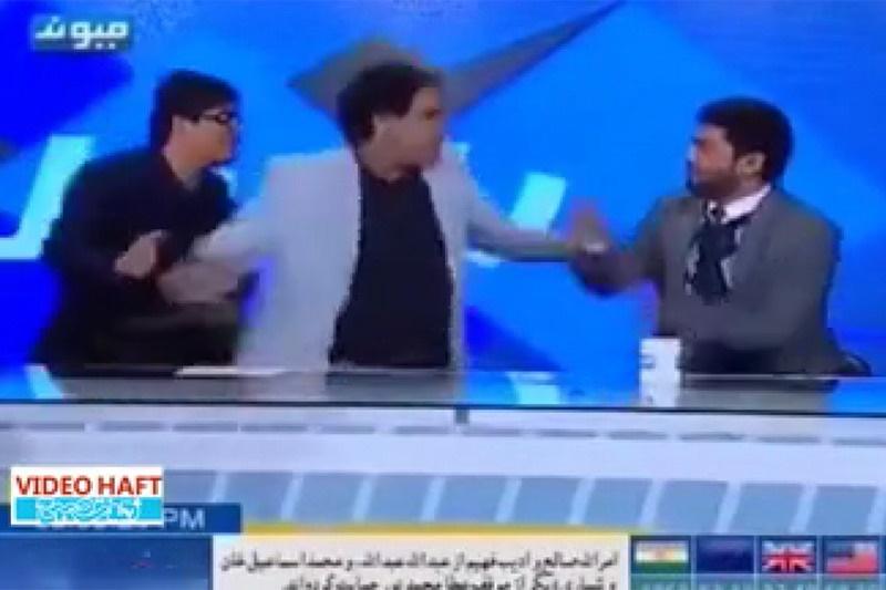 فیلم   زد و خورد روی آنتن زنده شبکه فارسی زبان