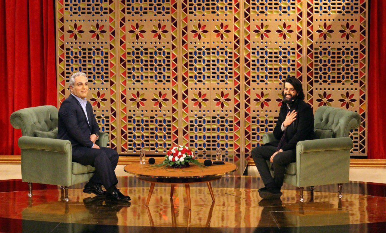 خواننده گروه هوروش بند مهمان امشب مهران مدیری