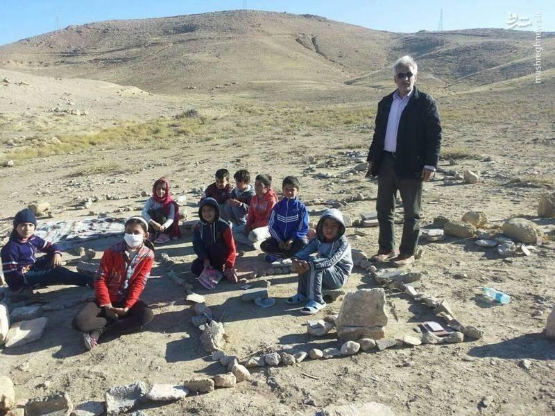 عکس | مدرسهای بیسقف و بیدیوار در سرپلذهاب