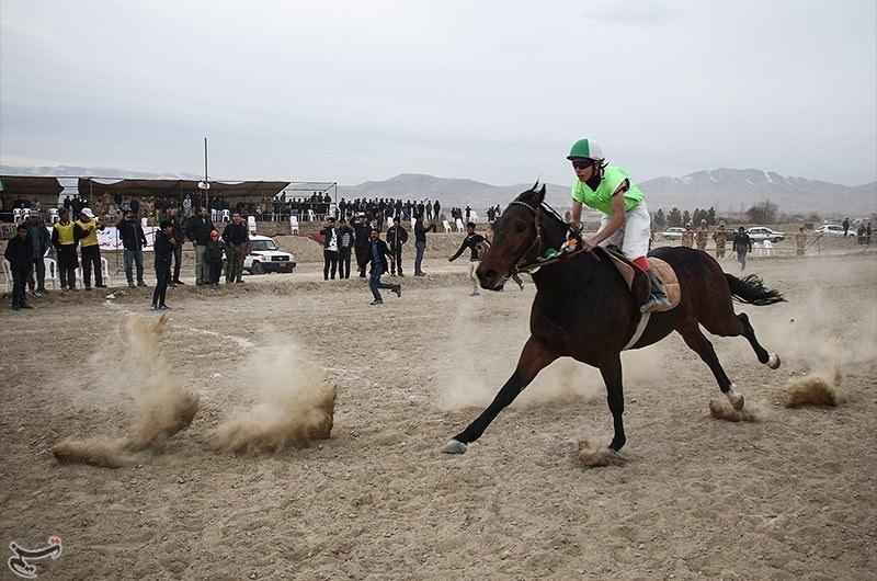 تصاویر | کورس اسبهای ترکمن بهمناسبت هفته وحدت