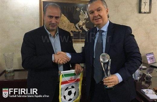 سفیر برزیل: با فدراسیون فوتبال کشورم برای بازی دوستانه با ایران مذاکره میکنم