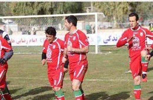 """فوتبال به نفع زلزلهزدگان """"سر پل ذهاب""""/ستارههایی که گل کاشتند"""