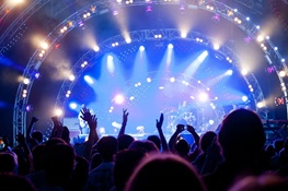 بازار داغ کنسرتها در سرمای پاییزی