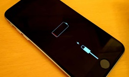 اپل تایید کرد / باتری قدیمی عامل کُندی آیفون است