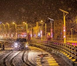 بارش اولین برف پائیزی در ارومیه