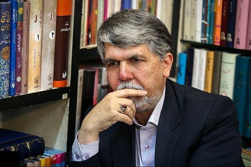 سیدعباس صالحی: حوزه نشر، بازاریابی بلد نیست