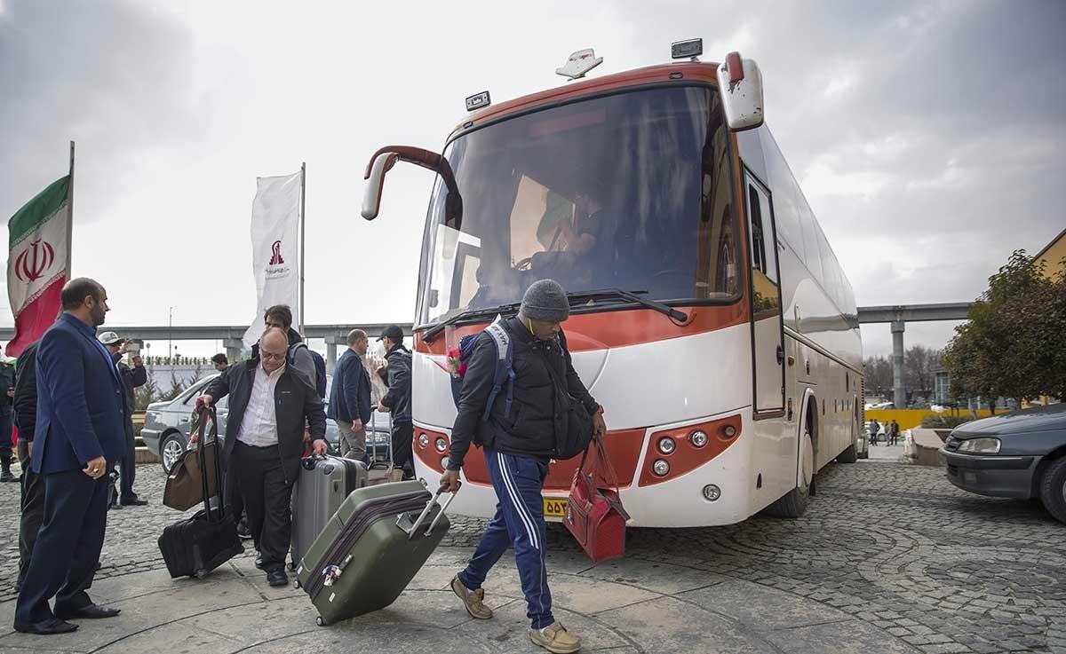تصاویر ورود اعضای تیم ملی کشتی آمریکا به کرمانشاه