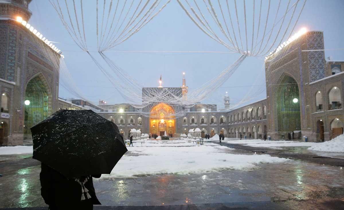 عکس بارش برف در مشهد
