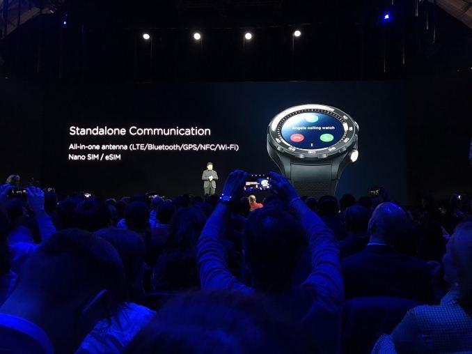 رونمایی از ساعت هوشمند هوآوی واچ ۲ و واچ ۲ کلاسیک در کنفرانس جهانی موبایل