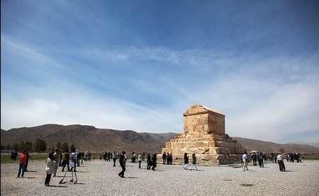 ساخت آرامگاه شهدای گمنام در حریم پاسارگاد