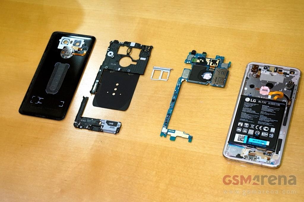 درون شکم ال جی جی ۶ را ببینید: از لوله انتقال حرارت تا باتری غیرقابل تعویض