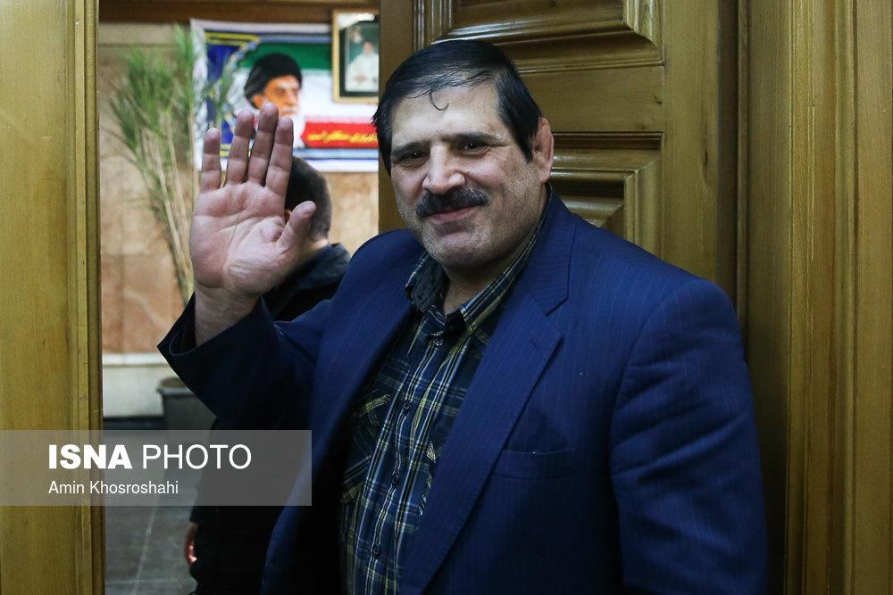اظهارنظر عباس جدیدی درباره حاشیهها و جنجالهای پلاسکو در شورای شهر و دفاعیات قالیباف