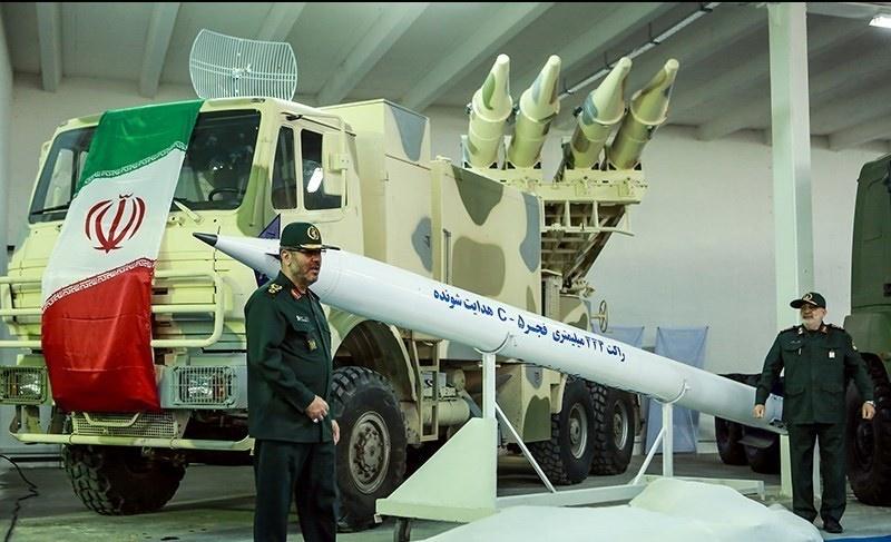 تصاویر   رونمایی از پنج دستاورد دفاعی-رزمی با حضور وزیر دفاع
