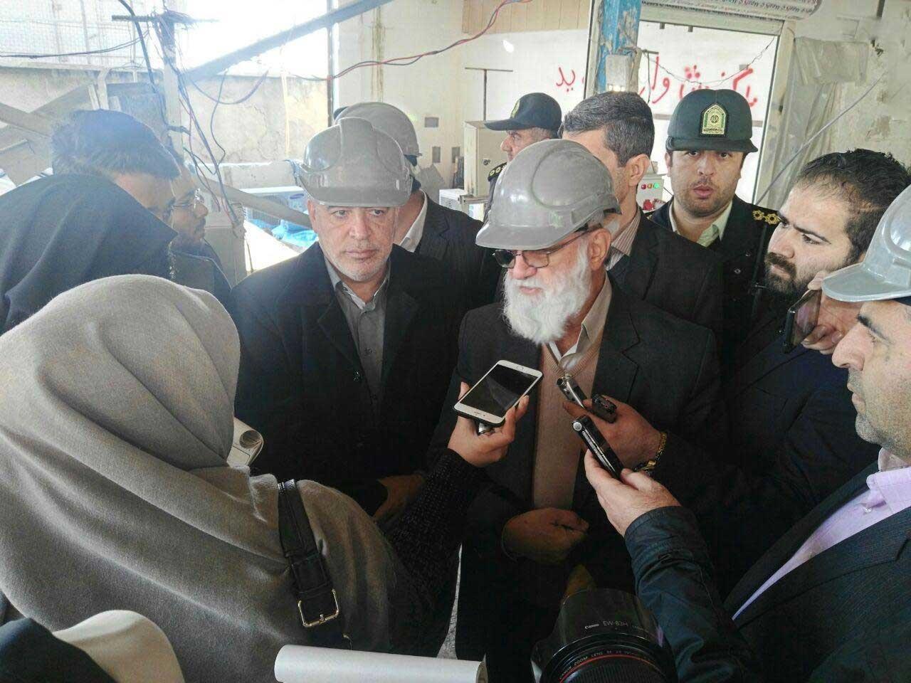 عکس | بازدید اعضای شورای شهر از روند تخریب طبقه هفتم پاساژ علاءالدین
