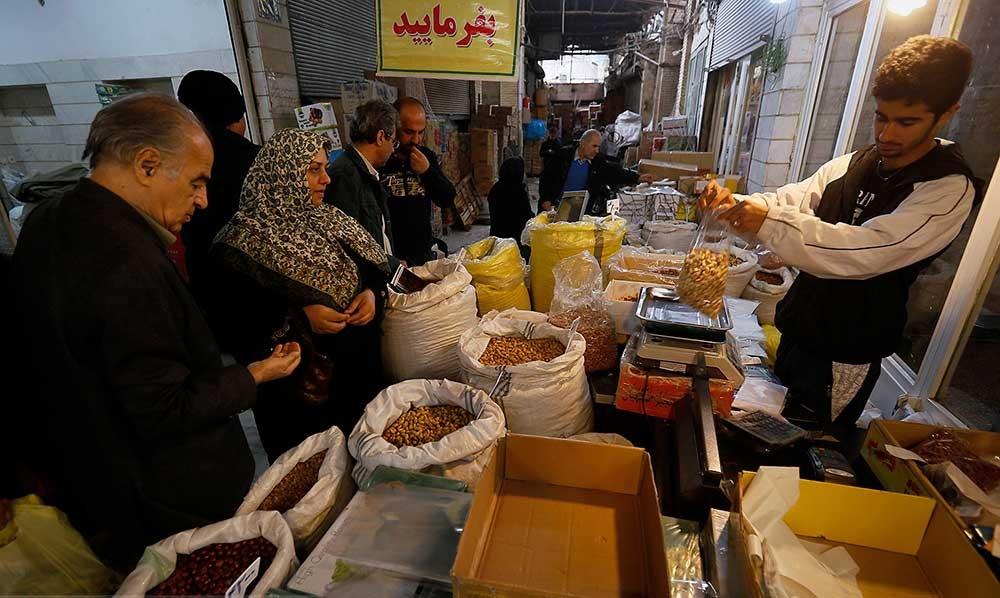 تصاویر | در حوالی نوروز | بازاری که روز به روز داغتر می شود