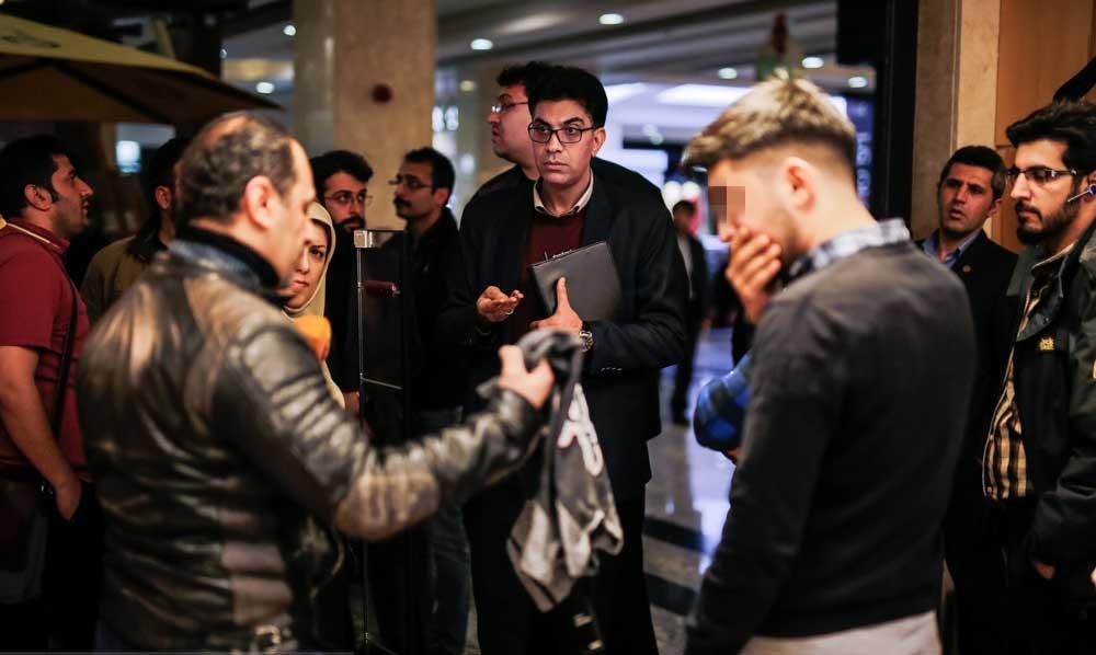 تصاویر | گشت تعزیرات حکومتی تهران در مجتمع پالادیوم