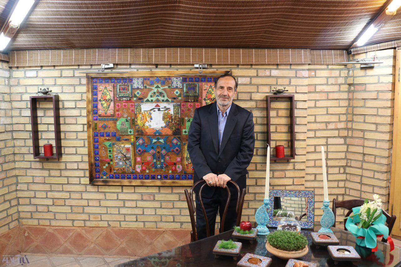 خوشچهره:ظرافتشعار احمدینژاد و ترامپ بههم شباهتداشت