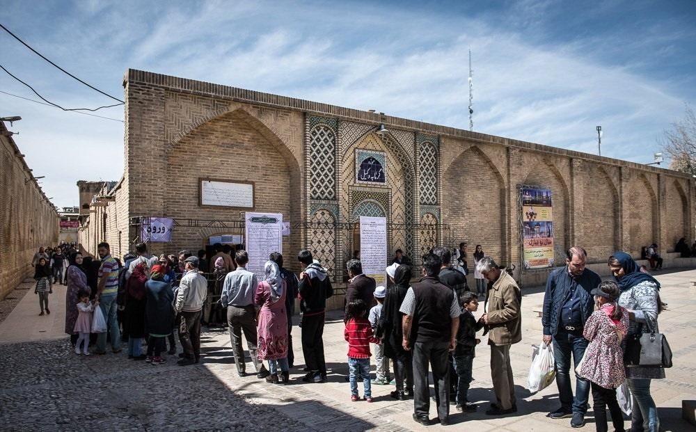 تصاویر | گردشگران نوروزی در حمام وکیل شیراز