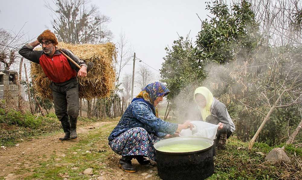 تصاویر | در حوالی نوروز | خانهتکانی به سبک اهالی روستا