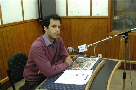 ببینید | اشتباهات ادامهدار سیانکی در حین گزارش مسابقه پرسپولیس؛ استقلال خوزستان؟