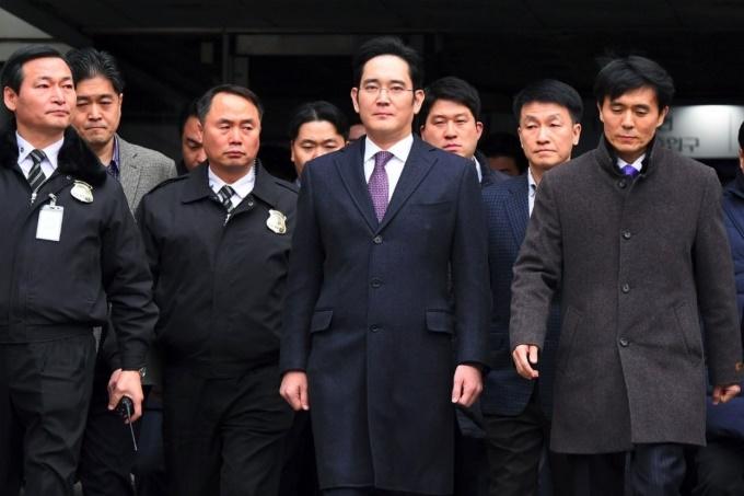 رهبر سامسونگ و دستیارانش تمام موارد اتهامی را رد کردند