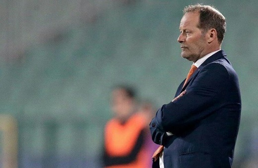 اخراج مردی که هلند را از جام جهانی به شدت دور کرده است