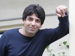 حمید گودرزی برای «همسایه محبوب من» میخواند