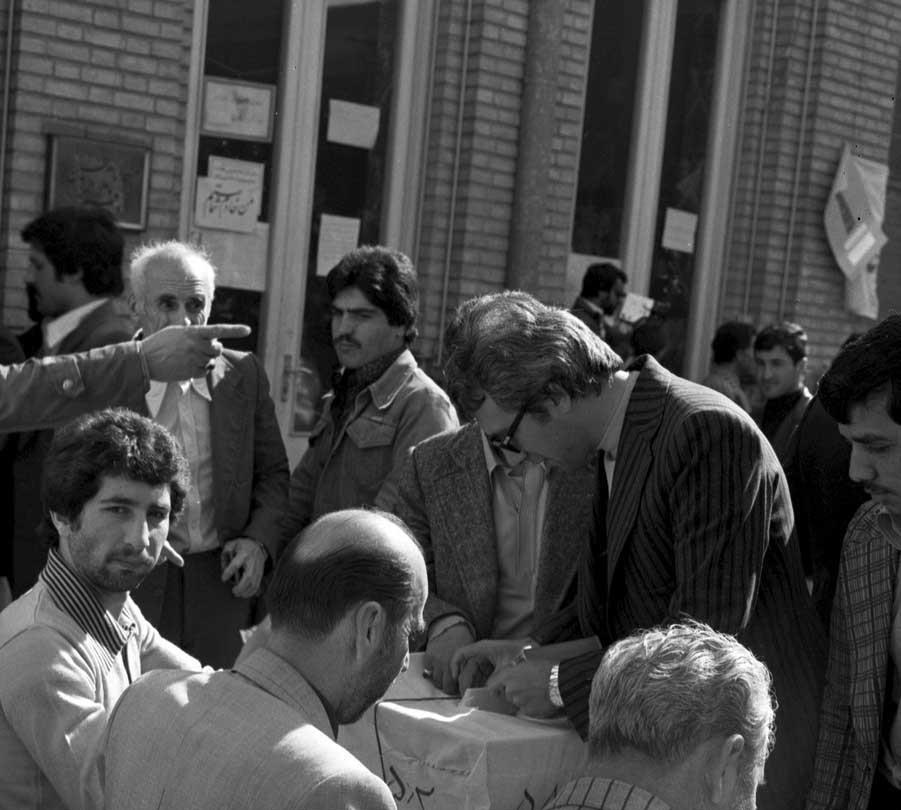 تصاویر   ۳۸سال پیش در چنین روزی؛ روز جمهوری اسلامی