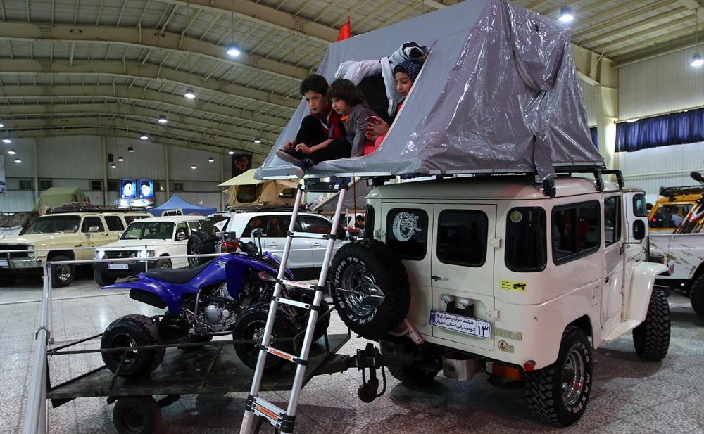 تصاویر | فستیوال دیدنی اصفهان برای ماشینبازهای قدیمی