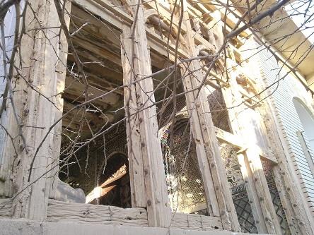 شیرسنگی جهرم ناپدید شد/ سهلانگاری، خانه قاجاری ملا زاهدی را تخریب کرد