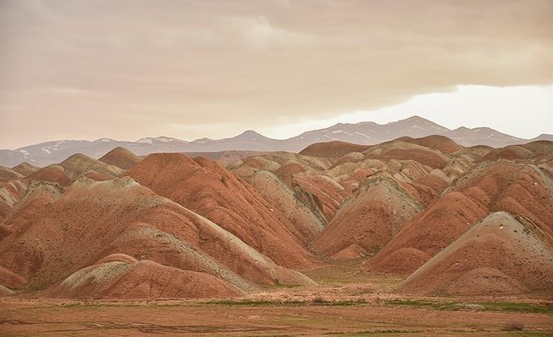 تصاویر | تلألو رنگها در کوههای ماهنشان