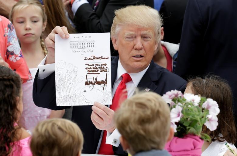 تصاویر | مسابقه حمل تخممرغ در کاخ سفید | رقابتی که ترامپ سوت آغازش را زد