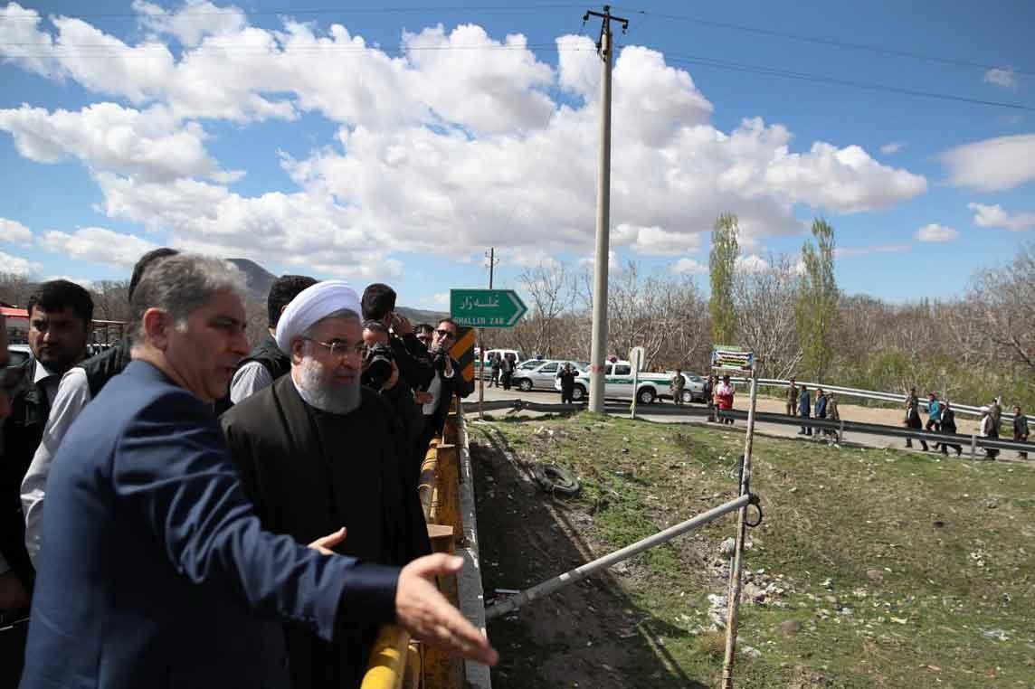 تصاویر | بازدید رئیسجمهوری از منطقه سیلزده غلهزار در آذربایجانشرقی