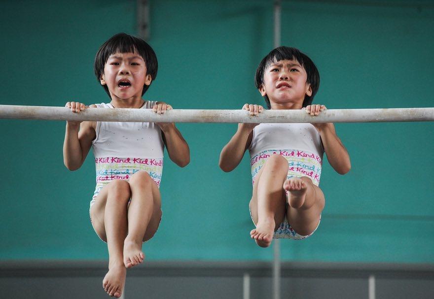 تصاویر | برندگان مسابقه عکاسی سونی | از ژیمناستیک کودکان تا روگذرهای درهم تنیده
