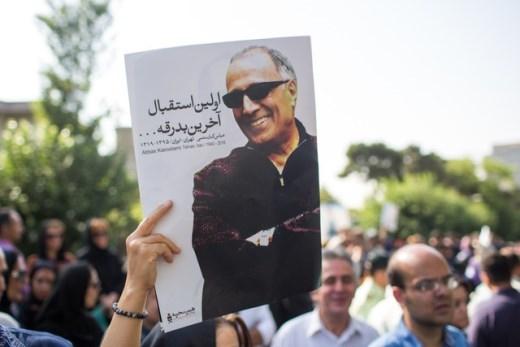 واکنش بهمن کیارستمی به اظهارات تازه در باره پرونده پزشکی پدرش