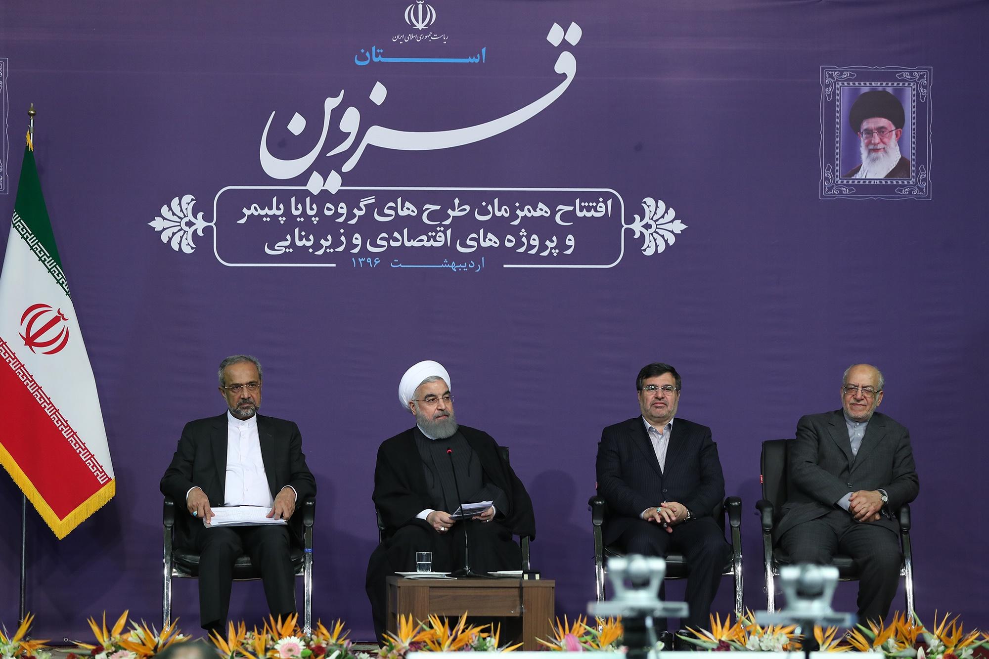 روحانی: در روزهای آینده حقایق درباره سنگاندازیها را میگویم