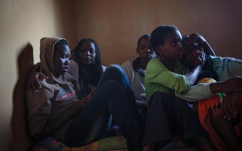 نگاههایی که از یک فاجعه خبر میدهند/ ختنه دختران کنیایی به روایت عکسهای یک ایرانی