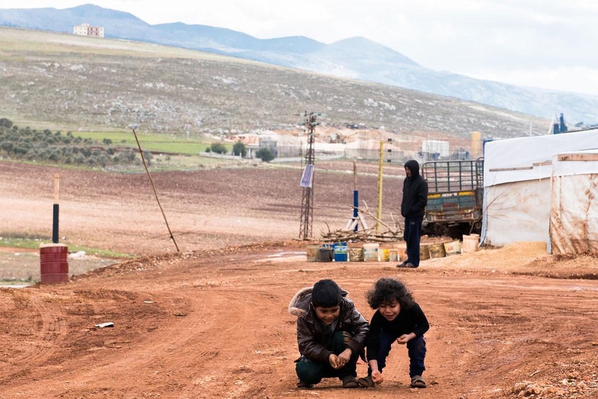 تصاویر | کمک لبنانیها برای رفع مشکلات درمانی پناهجویان سوری