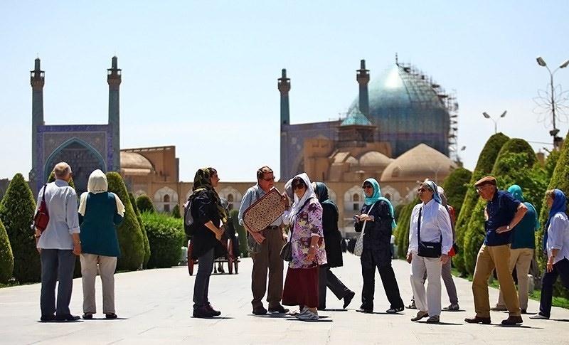 رشد ۵۹ و ۸۵۰درصدی ورود گردشگرخارجی به شیراز و اصفهان