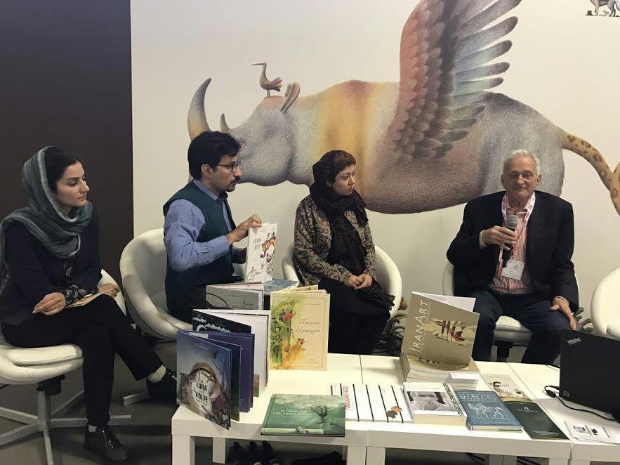 نشست ادبیات و تصویرگری ایران در کافه نویسندگان نمایشگاه بلونیا/ کتابهای ایرانی درخشیدند